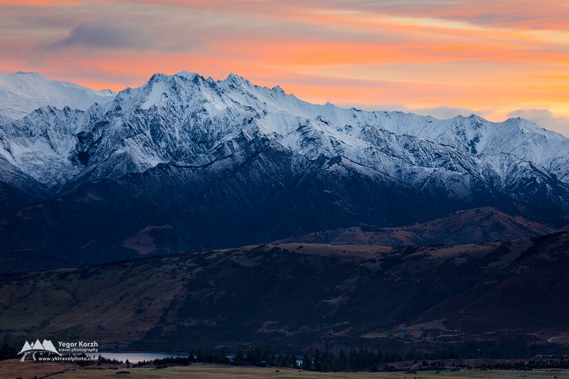 Buchanan Peaks, Lake Wanaka, South Island, New Zealand