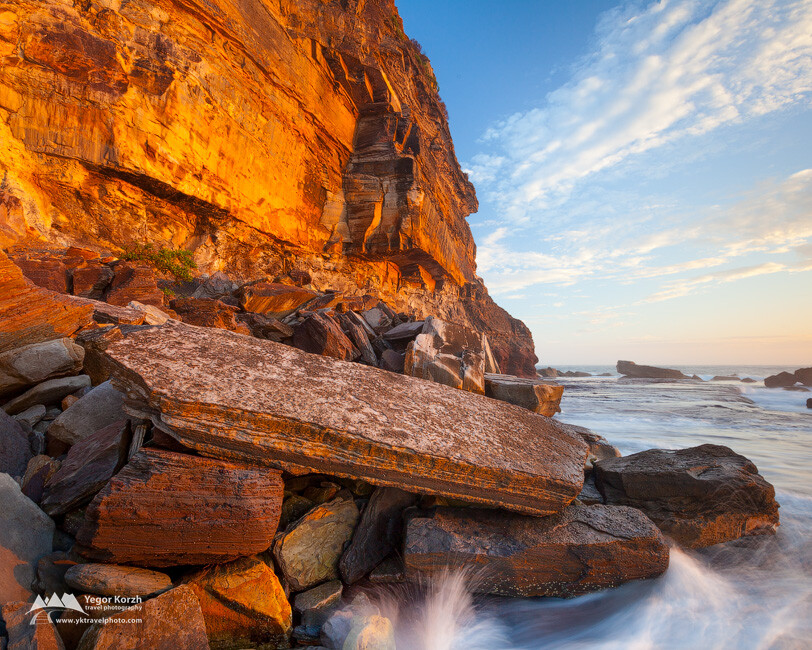 Mona Vale Beach Cliffs, NSW, Australia